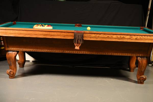 Genial Like New Very Little Play Steepleton Builder Of Fine Pool Tables. Beautiful  Wood Grain. Pockets Leather Drop. Green Felt. We Recomend A Professional  Pool ...