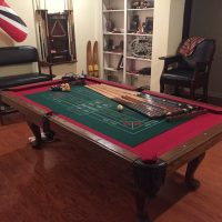 8ft Pool Table w/many extras, excellent condition